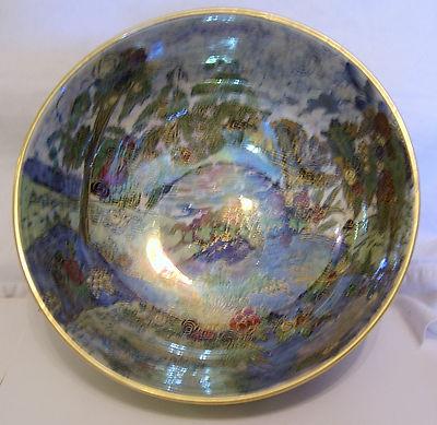 a g harley jones wilton ware lustre fairyland bowl sold. Black Bedroom Furniture Sets. Home Design Ideas