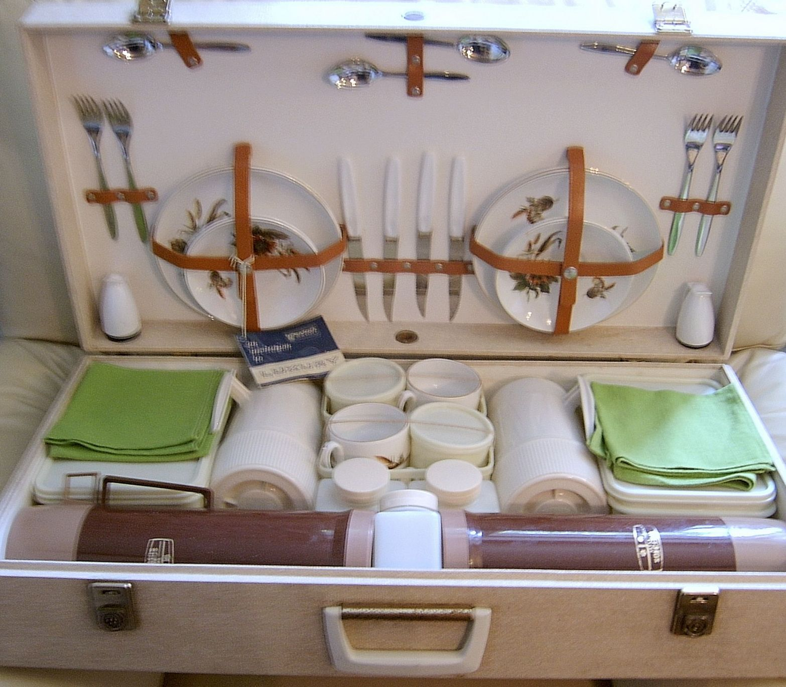 Brexton 4-Place Picnic Hamper - SOLD